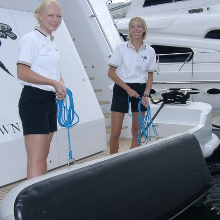 flat-inflatable-fenders-stootwillen-superyacht-aere