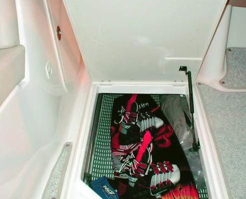 floorline-heronrib-floor-matting-vloermat-superjacht-binnenvaart-tankers-marine-keuken-teak-deck-protection-non-slip-anti-slip-bakkist-locker