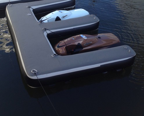 inflatable-dock-aere-yetski-superyacht-supplier