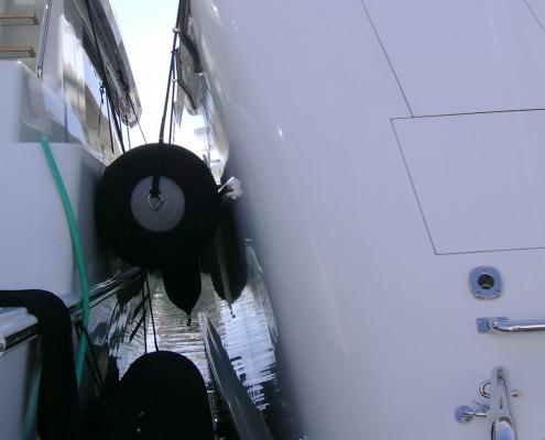stootwillen-heavy-duty-aere-megafend-superyacht-supplier-deflated-small-easy-to-store-mooring-3-lichtgewicht-light-weight